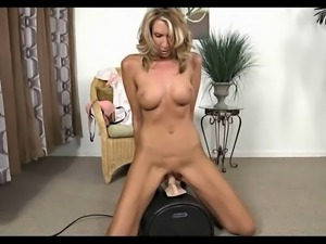 Fitness Mature Try Sybian.wmv