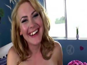 Lesbo tgirl enjoys getting her dick sucked