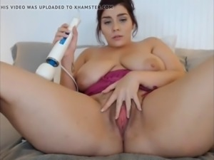BBW cums and squirts