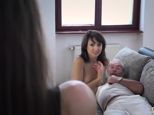 Beautiful Teens Girlfriend Threesome Suck Old Man Cock