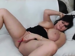 Jessica Bangkok big boobs babe dildoing her wet pussy