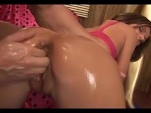 Maia XN FistingFucking