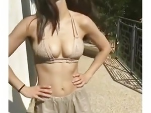 Sarina Nowak Curvy Body