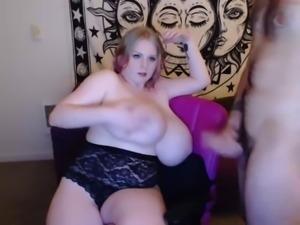Sex huge tits