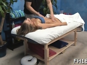 Charming hottie gets a hard fuck after a carnal massage