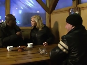 Invited a stranger cuckold trainer to fuck blonde wife