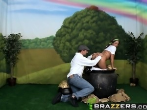 Brazzers - Big Wet Butts -  St. Buttricks Day