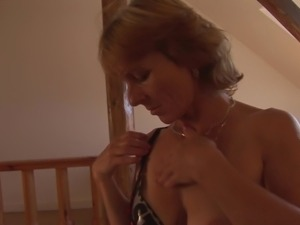 Shariah wears sexy lingerie while fingering her gaping cunt