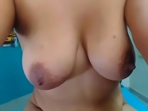 Big ass babe plays pussy free live cum  - watchfreewebcam.com