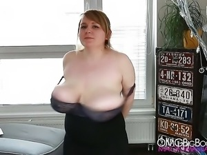 Jocelyn Heavy Bouncing Tits