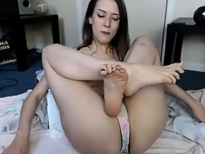 Teen Cuties in Panties Masturbate in The Kitchen