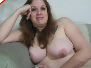 Serena Lynn is a chubby babe in need of a blowjob session