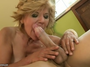 Extremely spoiled granny gets her hairy snatch worked over