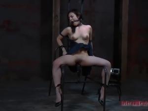 Scream as Lorna hot ass gets spanked in BDSM porn scene