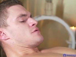 brunette gets a deep cunt massage