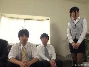 Ootsuki Hibiki enjoys men's dicks and a big black dildo