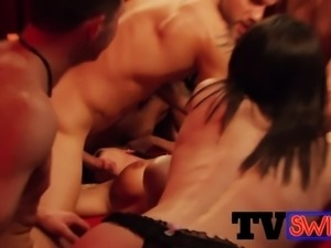 Amazing swingers banging each other