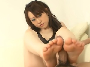 Nice kawaii Ryo Kaede does her best while sucking man's delicious cock