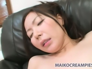 Ayumi Shoda has a nice lover and he is always happy to help her get off