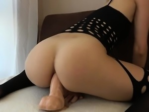Teen with Round Ass Has Anal Orgasm