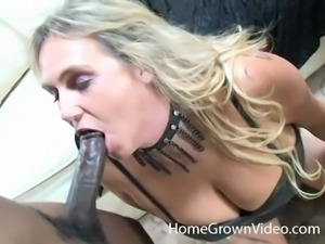 Black dick is all a horny blonde MILF wants in her mouth