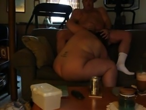 Super fat amateur brunette housewife licks ass of her horny hubby
