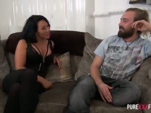 Perfect tanned MILF Candi Kayne has a voracious desire to suck big cock