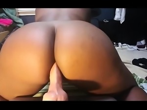 Amateur Ebony Masturbation Squirting