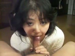 Cute and kinky Asian amateur housewife tenderly sucked dildo