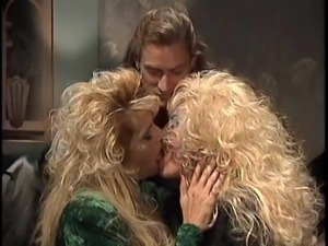 Hot '80s babes having a threesome with their long-haired partner