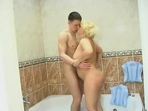 Blonde mature with natural big boobs sucks and fucks