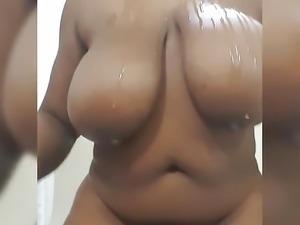 Tacy's Random Mobile Clip: Oil Titties