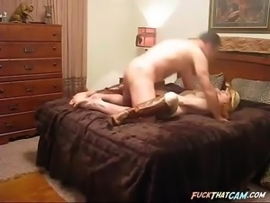Busty country girl fucks on webcam