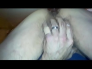 Closeup cumshot from buttplug in nice ass