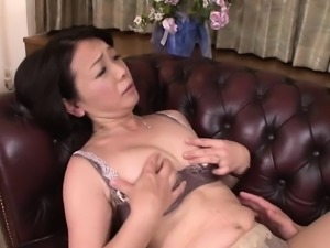 Lusty shower blowjob from sexy Japanese girl