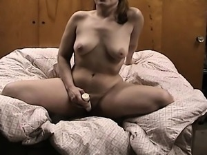 Fat plumper toying her pussy