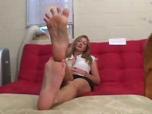 Foot fetish fans'll appreciate my homemade video