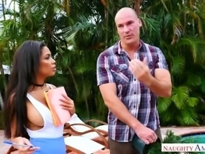 Awesome bosomy Latina babe Shay Evans gives head to her neighbor by the pool