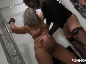 Some weird and kinky workout with a voracious nympho Heike Hugel