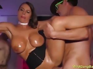 busty Milf Sexy Susi extreme banged