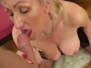 Amateur wrinkled blond haired mature BBW is totally into sucking dick