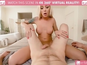 Tattooed blonde trans with big boobs make blowjob and ride the cock