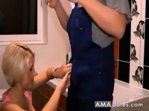 Hot bathroom sex video