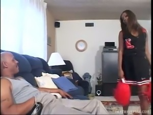 Hypnotizing black beauty with big tits is good at giving a titfuck