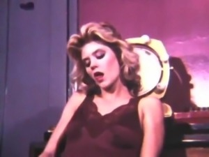 Ginger Lynn Vintage Loop