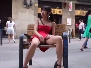 lungkondoi young asian girl public flashing  fingering
