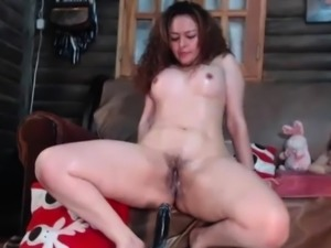 Pretty Hot Curly Milf Squirts