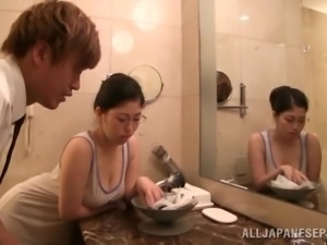 Asian Babe In Cute Glasses Gets Drilled In The Shower