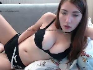 Girl cums on camera