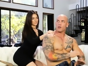 Lovely babe gives man a relaxing backrub before fucking